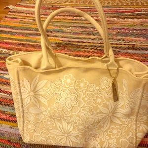 Oscar De Le Renta cream canvas purse!